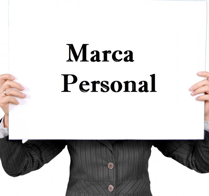 Ve un paso adelante: Construye tu Marca Personal